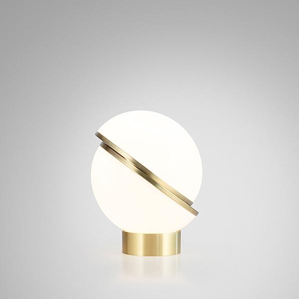mini-crescent-table-lamp-studio-02